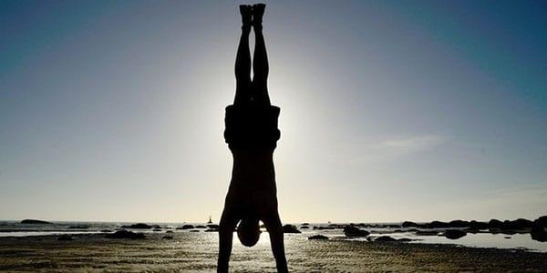 Стойка - упражнение для тела и ума