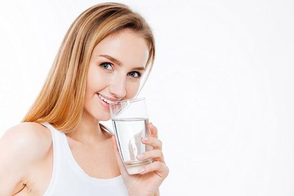 Вода - главный компонент в нашем организме
