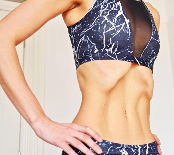 """Упражнение """"вакуум"""" для органов пищеварения"""