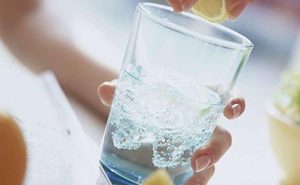 Чистая питьевая вода - лучший продукт для улучшения метаболизма