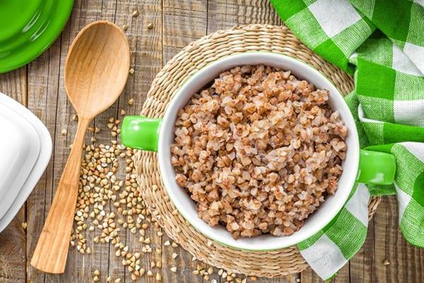 В одной порции гречки содержится достаточное количество калорий для полноценной жизни