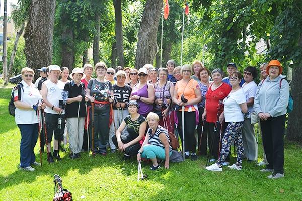 Клуб любителей скандинавской ходьбы