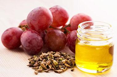 Масло виноградной косточки - полезные свойства, применение (для лица, для волос, для тела)