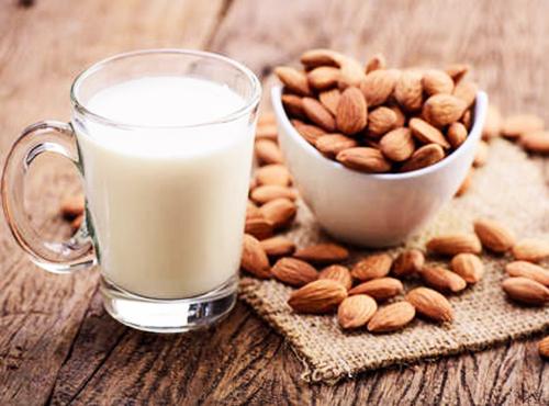 Миндальное молоко - источник кальция