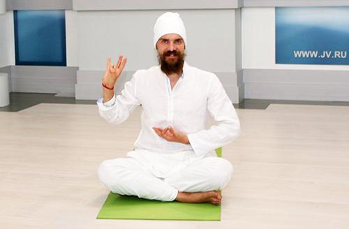 Алексей Меркулов - учитель йоги