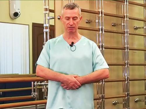 Петр Александрович Попов - врач-травматолог.