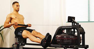 Гребной тренажер: техника выполнения упражнений, польза, эффективность